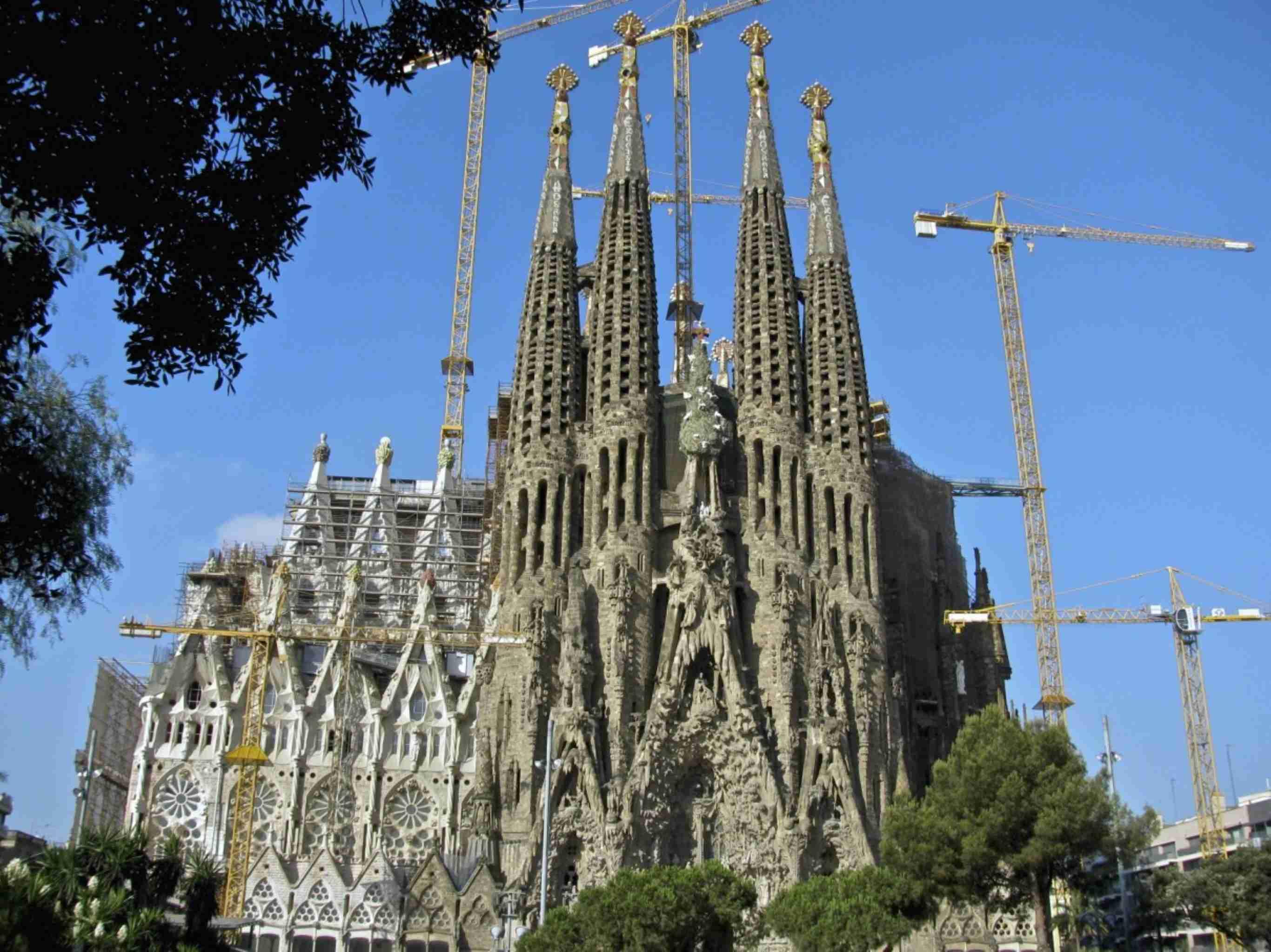 Sagrada Familia Barcelona Spain discountholiday1