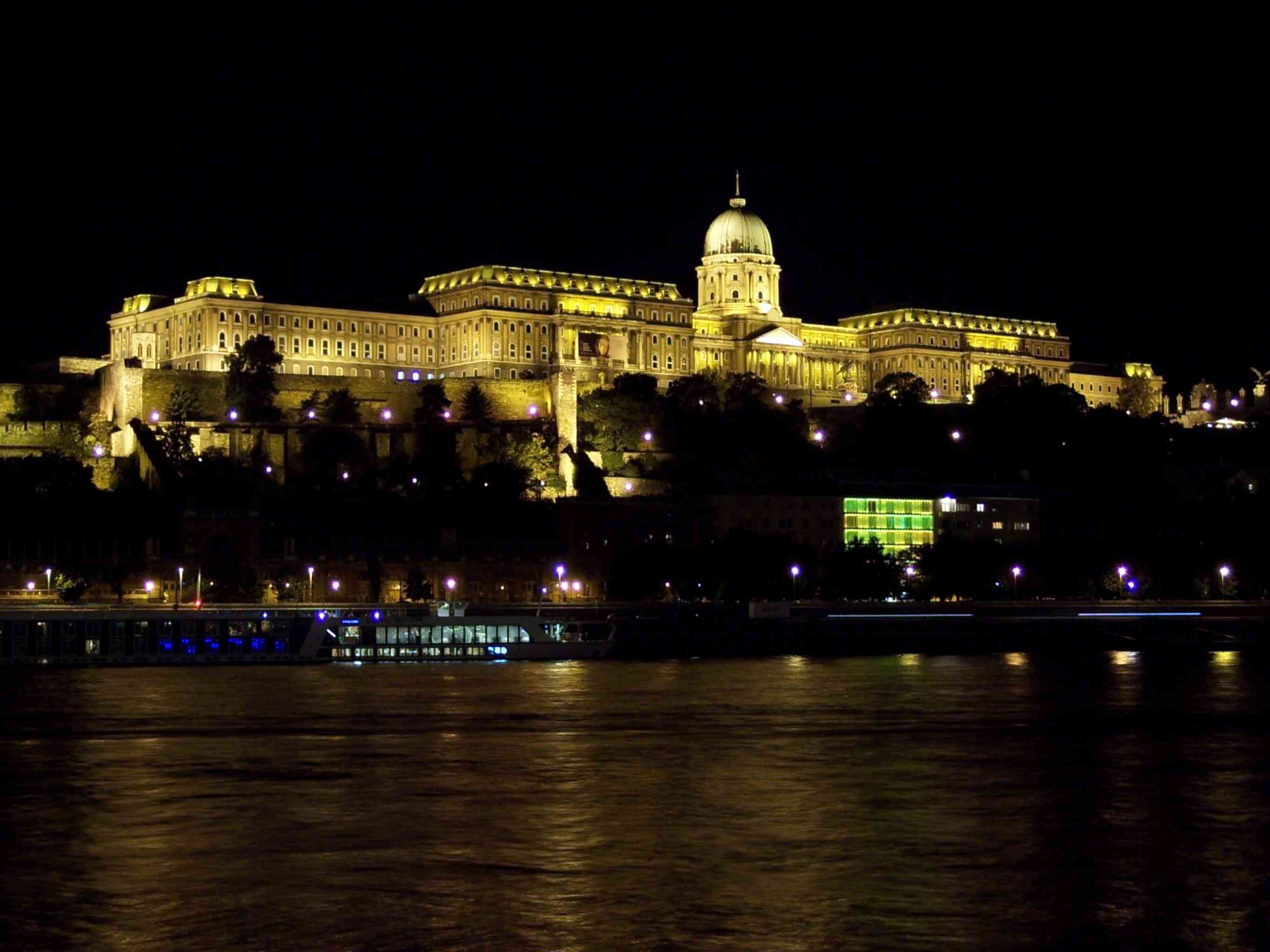 royal castle budapest discountholiday1